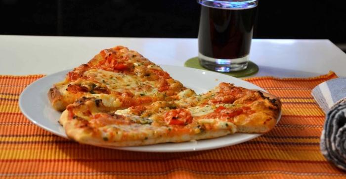 Pizza Hut y Domino's Pizza, nuevas secciones sindicales del SAT enGranada.
