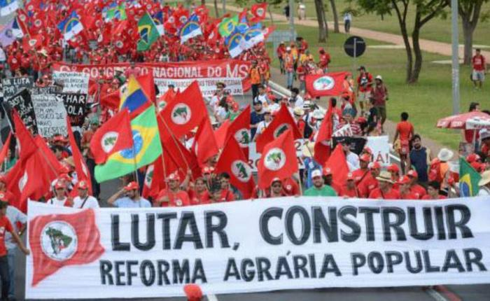 Charla – debate: Agroecología y lucha por la tierra en Brasil (18 de octubre – 19'00horas)