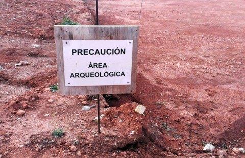 """CRÓNICA SOBRE LA MESA REDONDA """"ARQUEOLOGÍA PROFESIONAL Y LA PROFESIÓNARQUEOLÓGICA"""""""